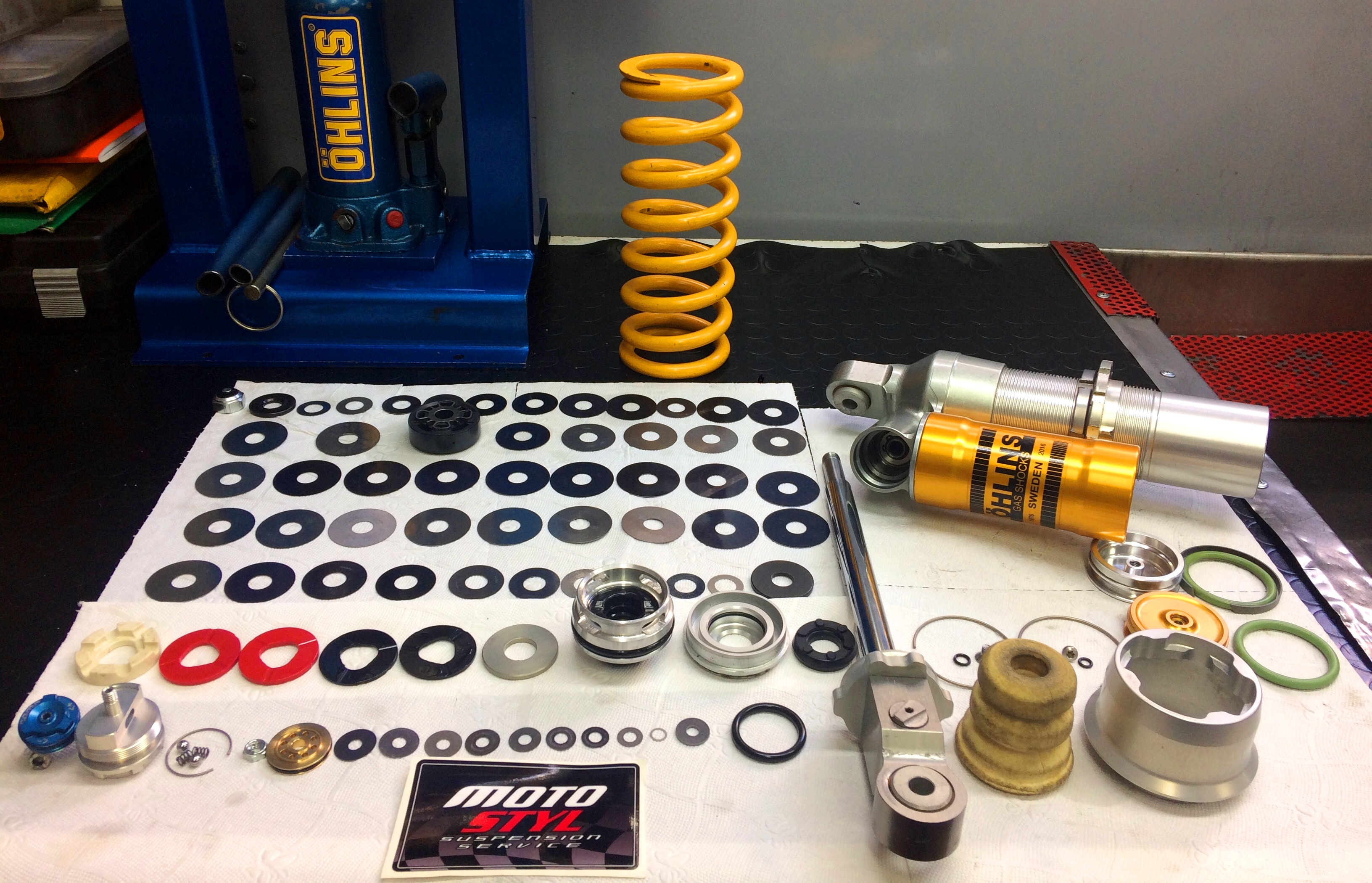 ohlins suspension mx-service-thessaloniki-motostyl-Κωνσταντίνος-Αραμπατζής